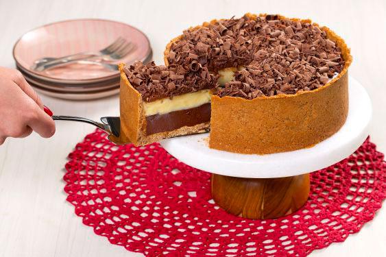 Deliciosa receita de Torta cremosa de chocolate. Confira!