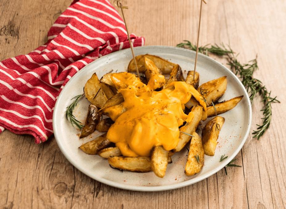 Saboroso e marcante, as Batatas rústicas com requeijão melt, agradam todos os paladares! Experimente!
