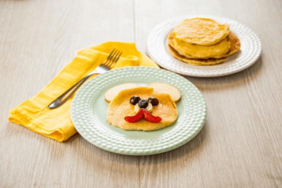 Receita criativa e deliciosa? A Piracanjuba tem! A panqueca matinal com cereais é muito saborosa e uma excelente opção para fazer com as crianças! Você pode adicionar frutas para ficar ainda melhor. Experimente!