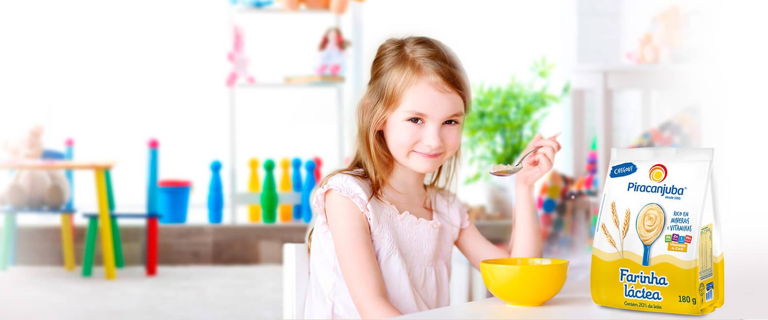 Farinha Láctea Piracanjuba, auxilia no crescimento e desenvolvimento das crianças